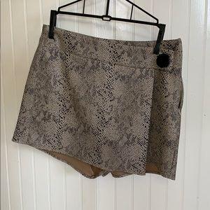 Zara Size 6 skort